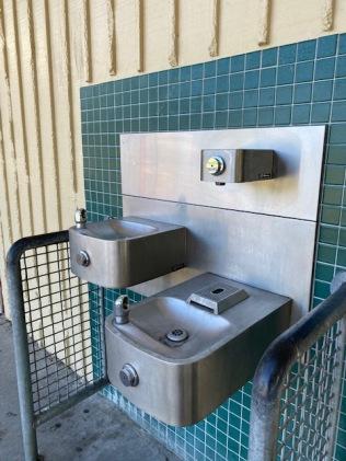 Water_bottle_filling_station